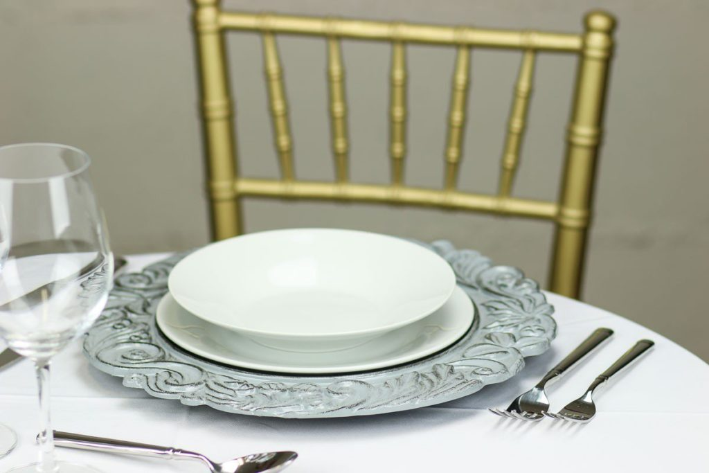 aristocrat-charger-plate-grey-set_1